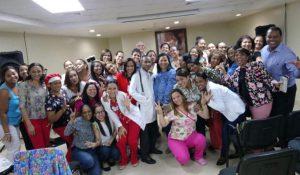 """SNS realiza taller sobre manejo de  """"Vasopresores en el neonato crítico"""" en el Hospital Materno Infantil San  Lorenzo de Los Mina"""
