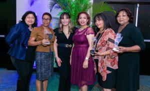 SNS entrega reconocimiento a personal del Hospital Materno Infantil San Lorenzo de Los Mina