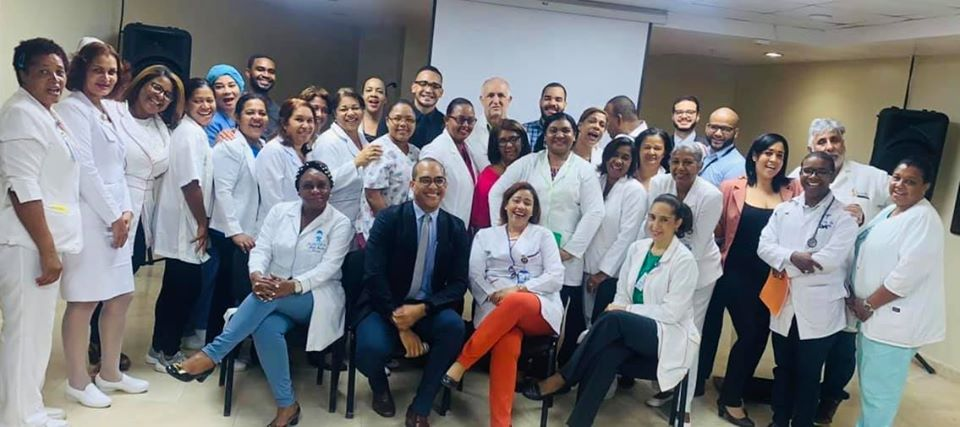Read more about the article Imparten taller de Farmacovigilancia en el Hospital Materno Infantil San Lorenzo de Los Mina