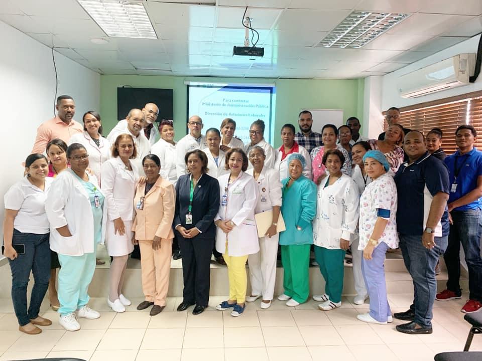 Read more about the article Imparten charla sobre Ley 41-08 de Función Pública en Hospital Materno Infantil San Lorenzo de Los Mina