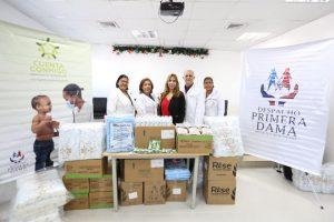 Despacho de la Primera Dama aporta medicamentos y diversos productos a pacientes del Hospital Materno Infantil San Lorenzo de Los Mina