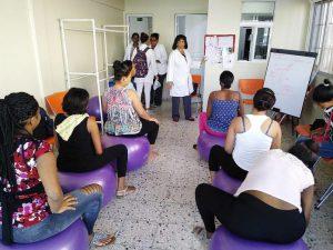 Psicoprofilaxis; programa que orienta embarazadas para parto sin temor