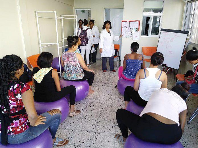 You are currently viewing Psicoprofilaxis; programa que orienta embarazadas para parto sin temor